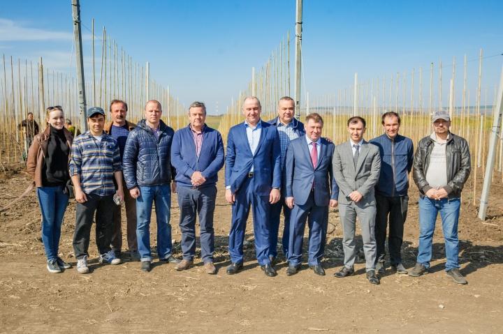 грушевый сад кЧР.Темризов. с командой