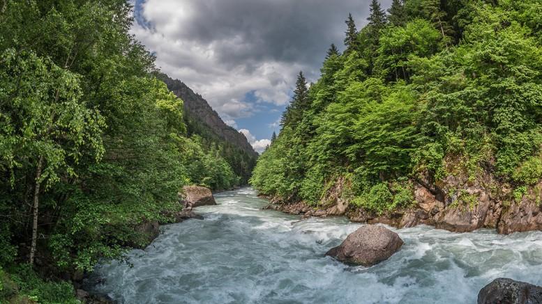 Горная река Лаба