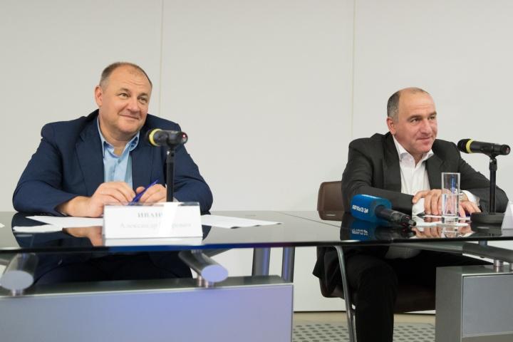 КЧР. Ивенов и Темризов в б-ке им. Ельцина